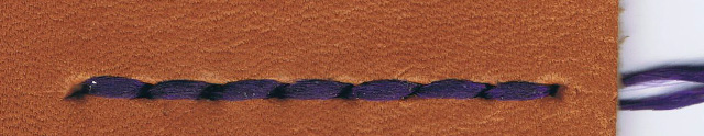 革(Buono / ヴォーノキャメル) x 糸(紫)